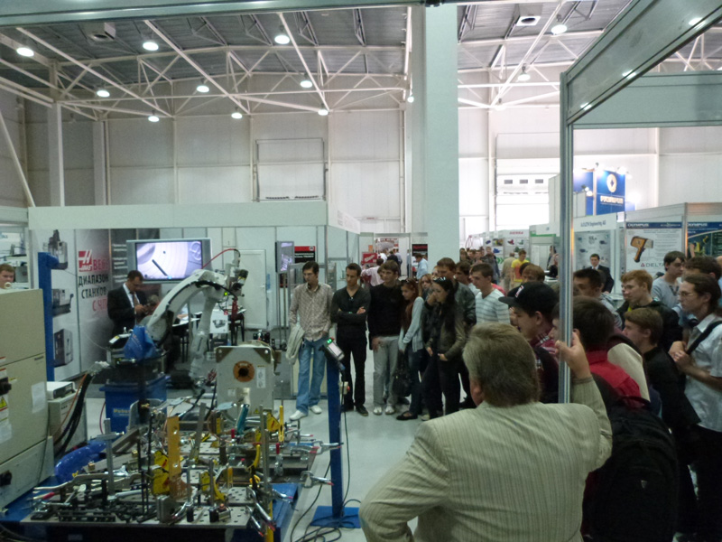 Оснастка и робототехника в Донецке на выставке Промышленная неделя